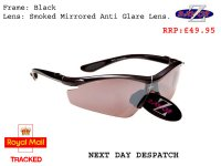 RAYZOR VYZORS: BLACK FRAMED SPORTS SUNGLASSES WITH A 1 PIECE SMOKED MIRRORED SPORTS LENS